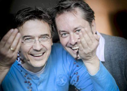 Die Leidenschaft für Kaffeebohnen entflammte bei den Managern Jan Scheffler (l.) und Max Wieberneit durch einen glücklichen Zufall.